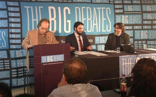 В Великобритании прошли дебаты между мусульманами и атеистами