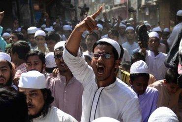 В Бангладеш исламисты требуют введения смертной казни для атеистов