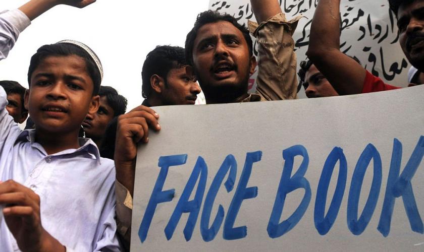 Человека впервые в истории казнят за публикацию в Facebook