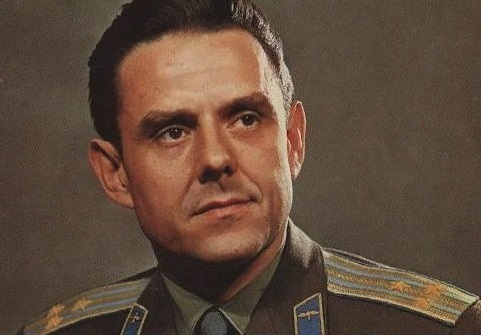 Космонавт Комаров