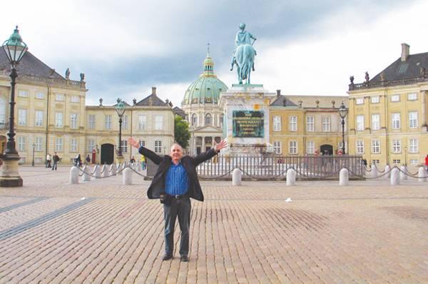 В Дании атеисты помогают людям покидать церковь
