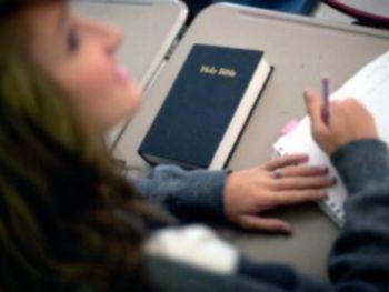 В государственных школах Великобритании не будет креационизма