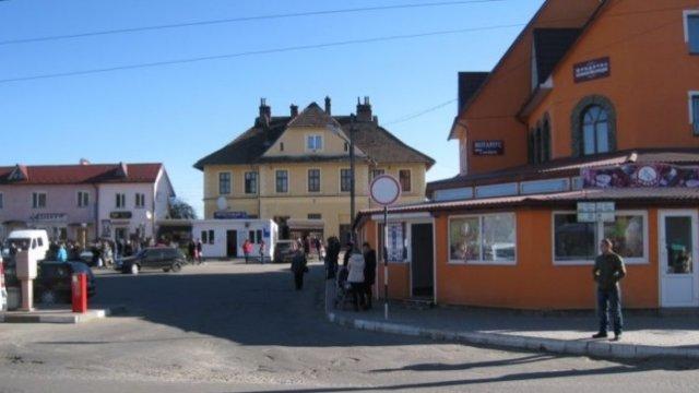 Запрет на торговлю по воскресеньям на Львовщине возвратит Украину в средние века